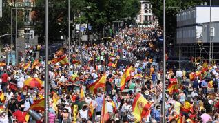 Manifestación en Colón (Madrid) contra los indultos del procés