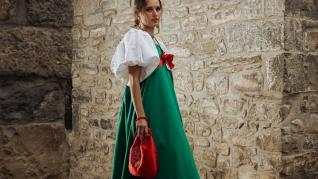 Enrique Carrera reinventa el traje típico ansotano