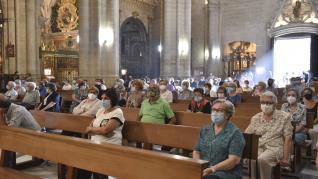 Misa en honor al Santo Cristo de los Milagros en Huesca.