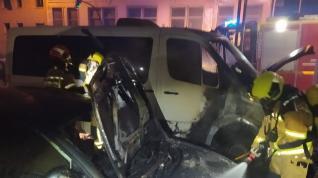 Arden dos vehículos en Fraga