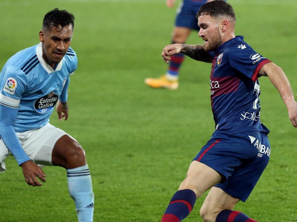 El Huesca se enfrenta al Celta de Vigo.