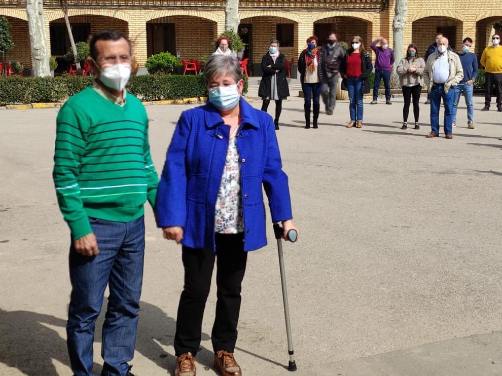 Fernando Sanagustín junto a su mujer, Manoli Ropero, en el acto de homenaje