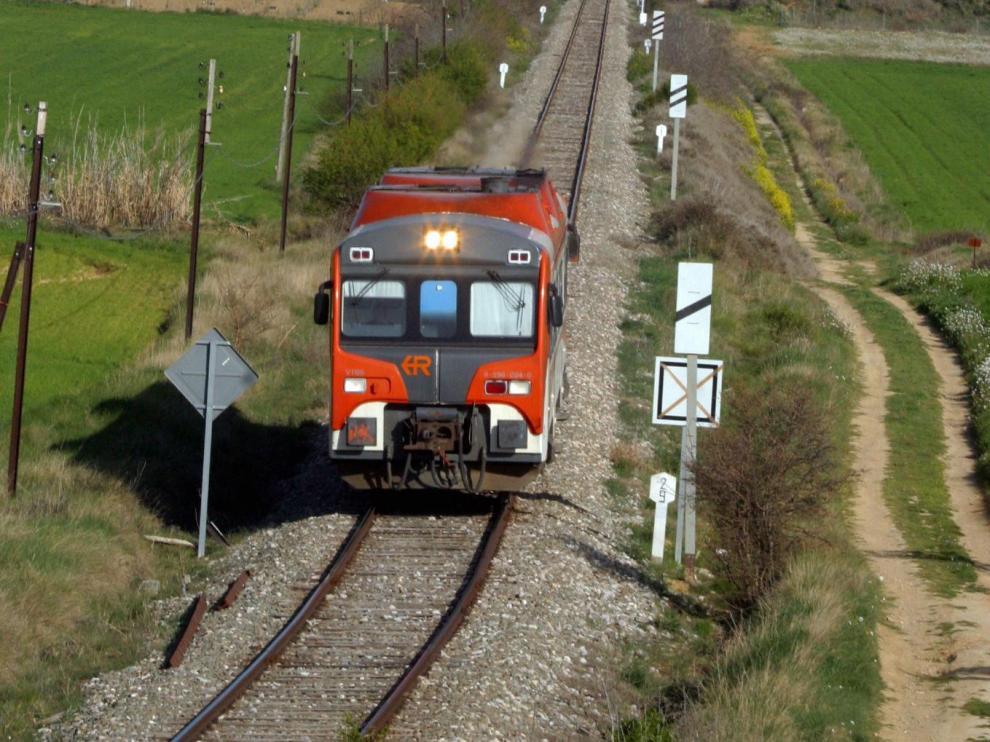 Comunicación por ferrocarril en Huesca.