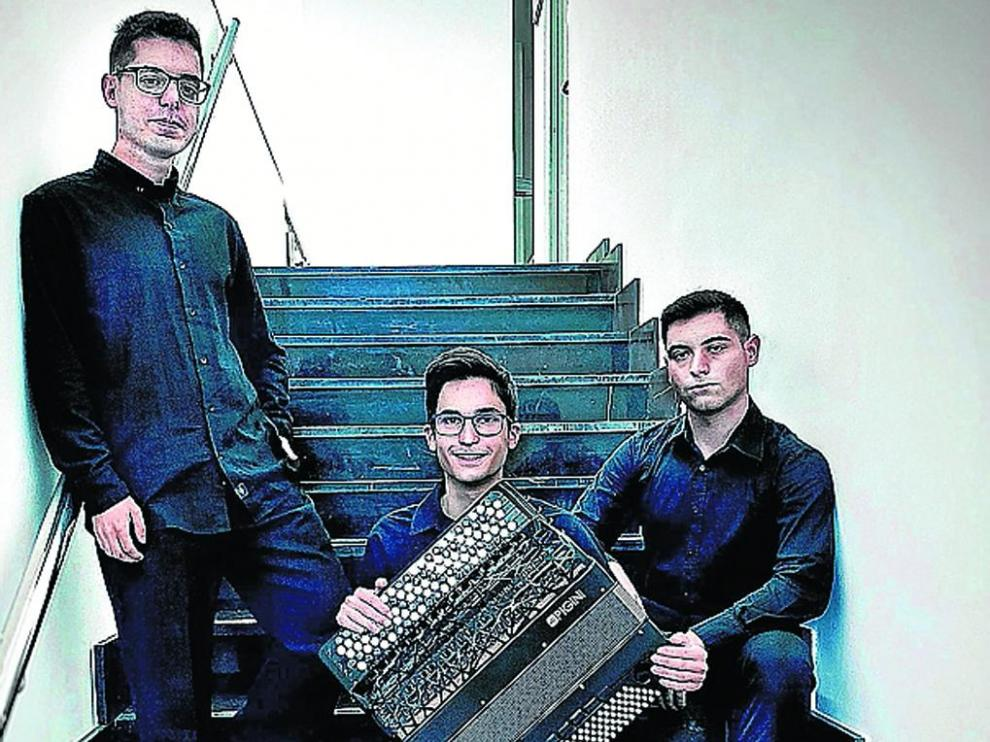 Julen Murga, Alejandro Arbués y Oliver del Val.