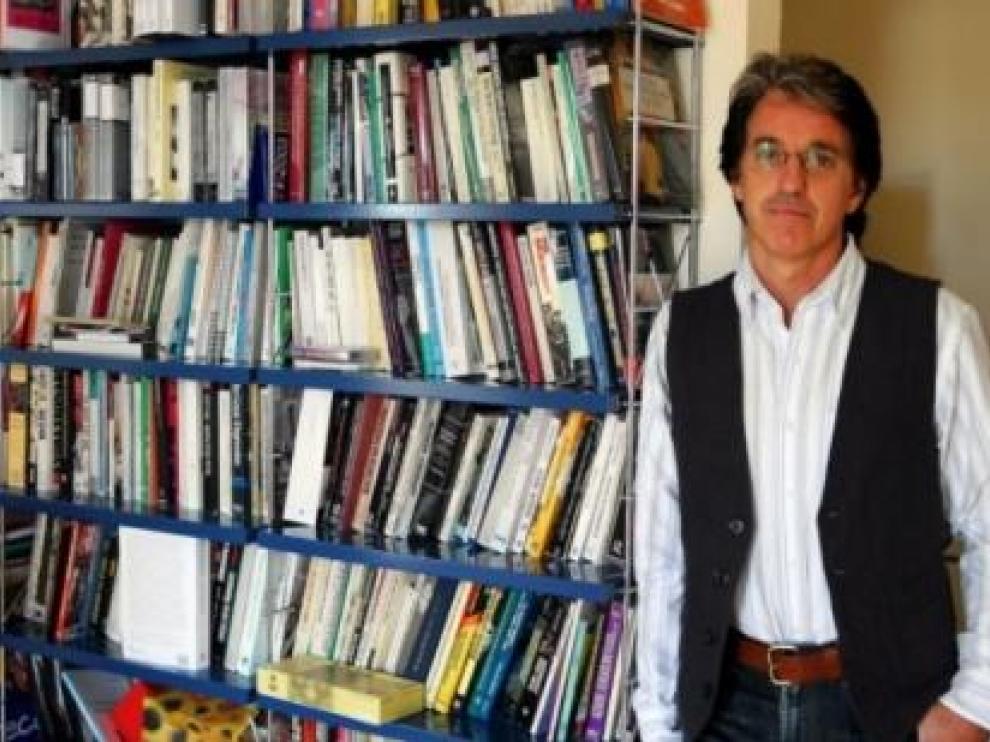 Imagen de Julián Casanova extraída de su página web