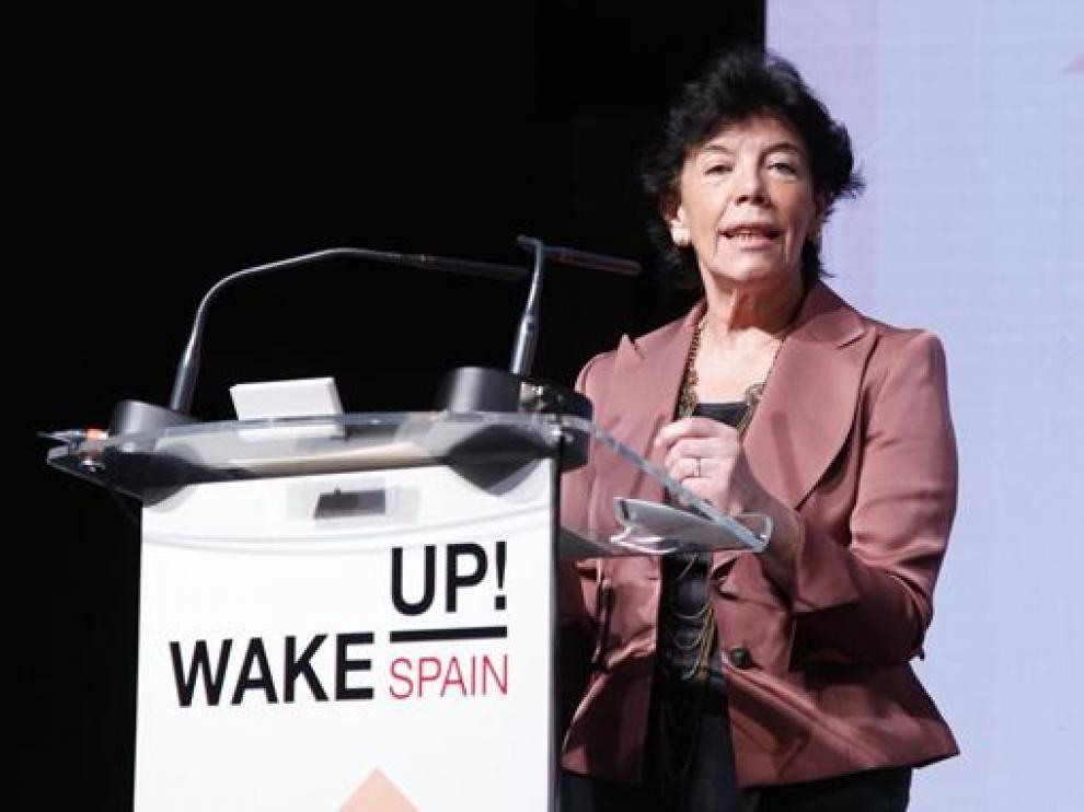 """La ministra de Educación, Isabel Celaá interviene en el foro económico """"Wake Up, Spain"""""""