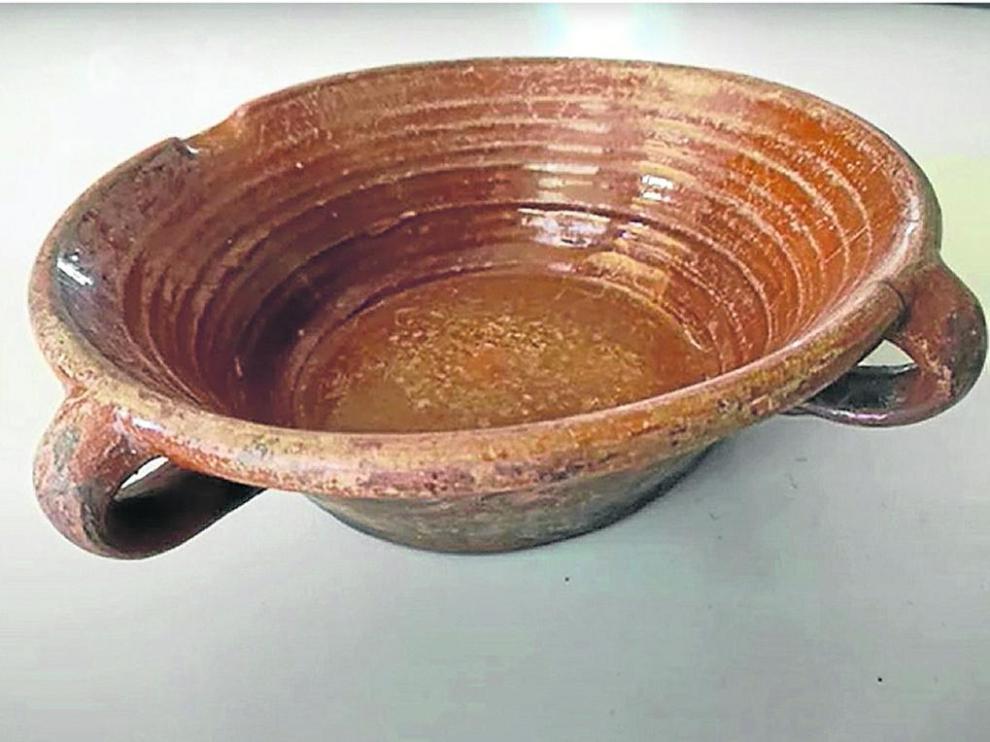 Tortera donada al Museo Ángel Orensanz y Artes Populares de Serrablo.