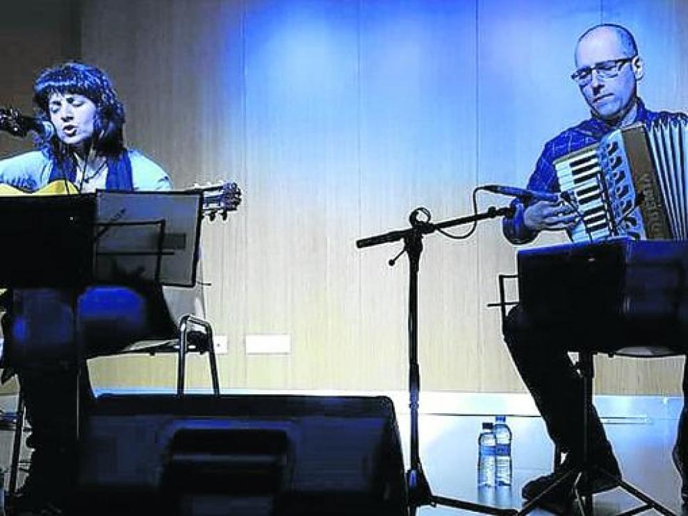 Elena Martínez y Chabier Crespo.