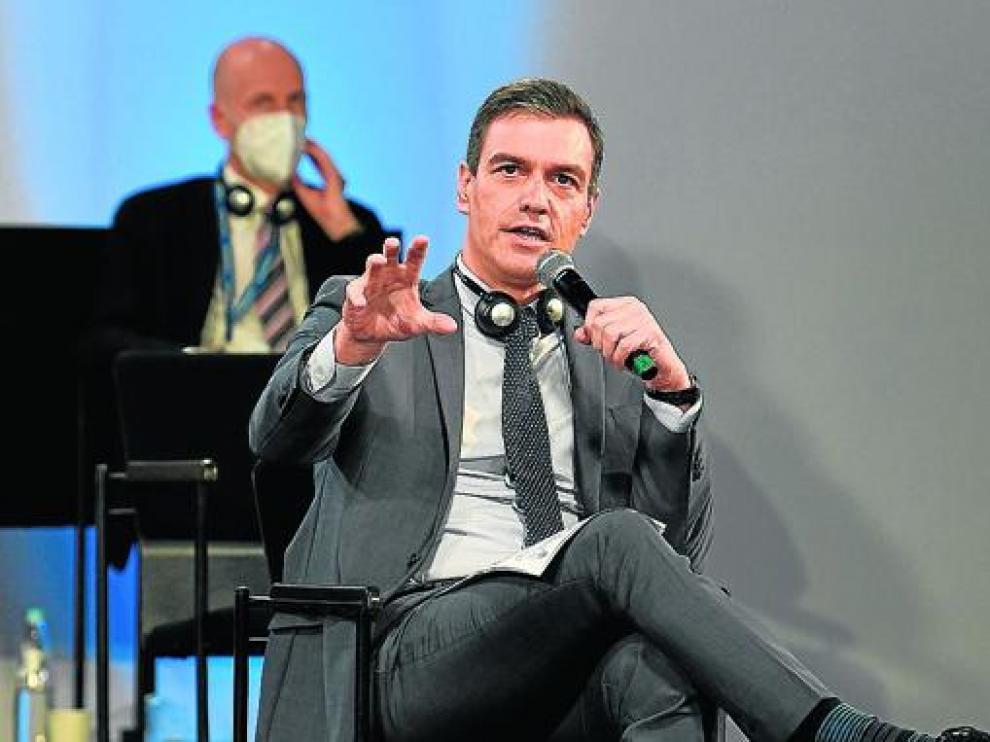Pedro Sánchez en su comparecencia en la Cumbre Social de la UE celebrada en Oporto