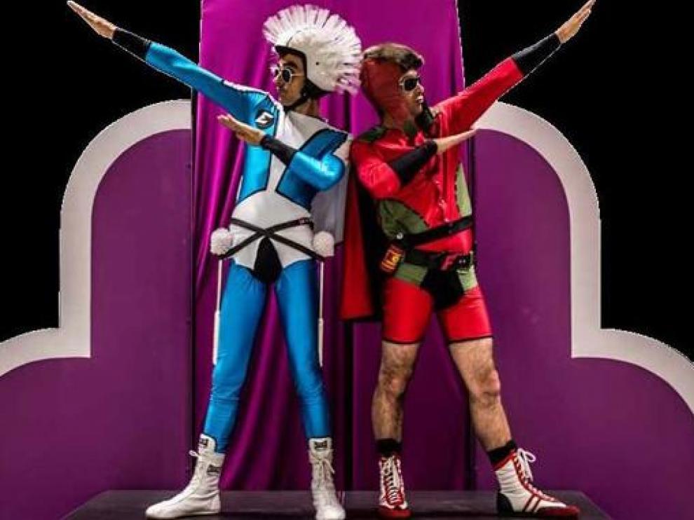 Los superhéroes protagonistas del montaje.