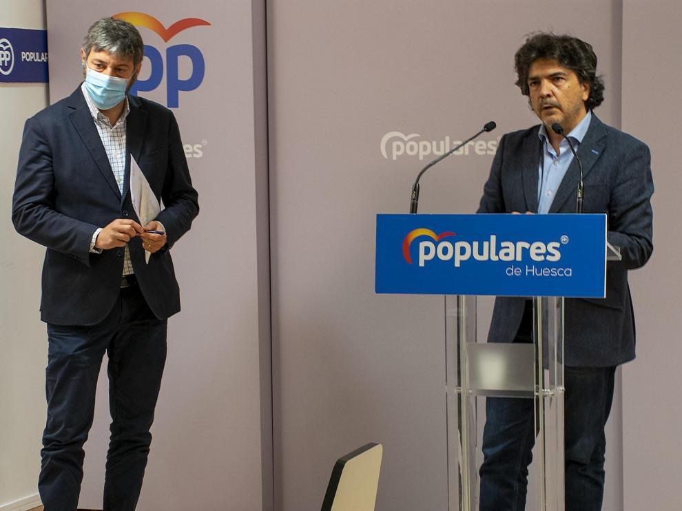 Gerardo Oliván y Mario Garcés, en rueda de prensa.