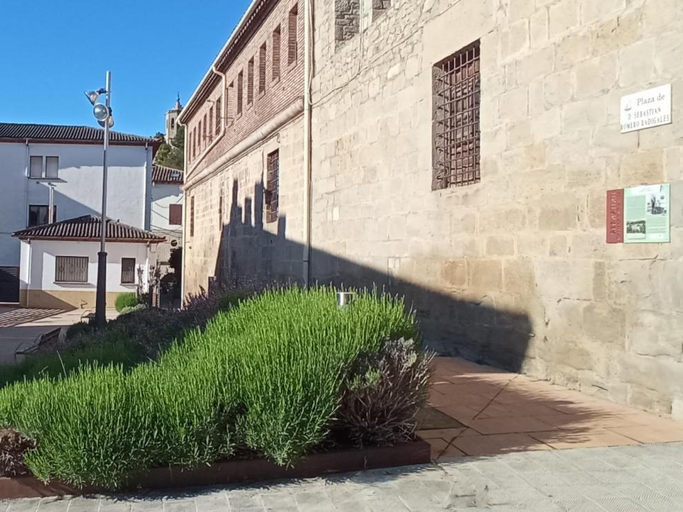 Plaza homenaje a Sebastián Romero Radigales, quien salvó del Holocausto a cientos de judíos griegos.