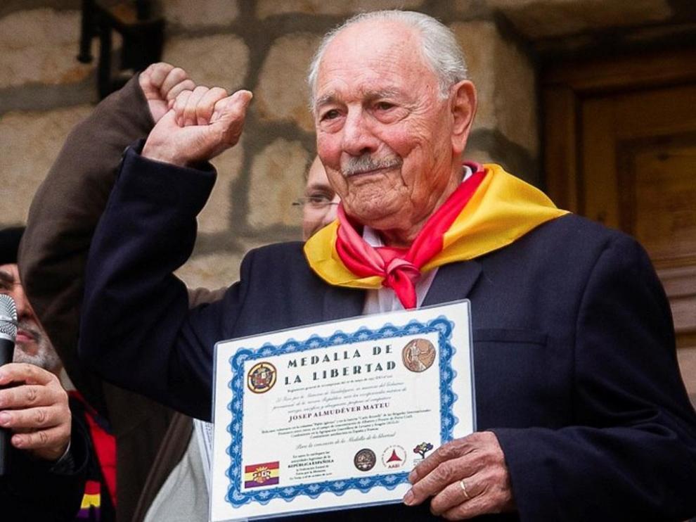 Josep Eduard Almudéver, último brigadista internacional y excombatiente en el bando republicano de la Guerra Civil