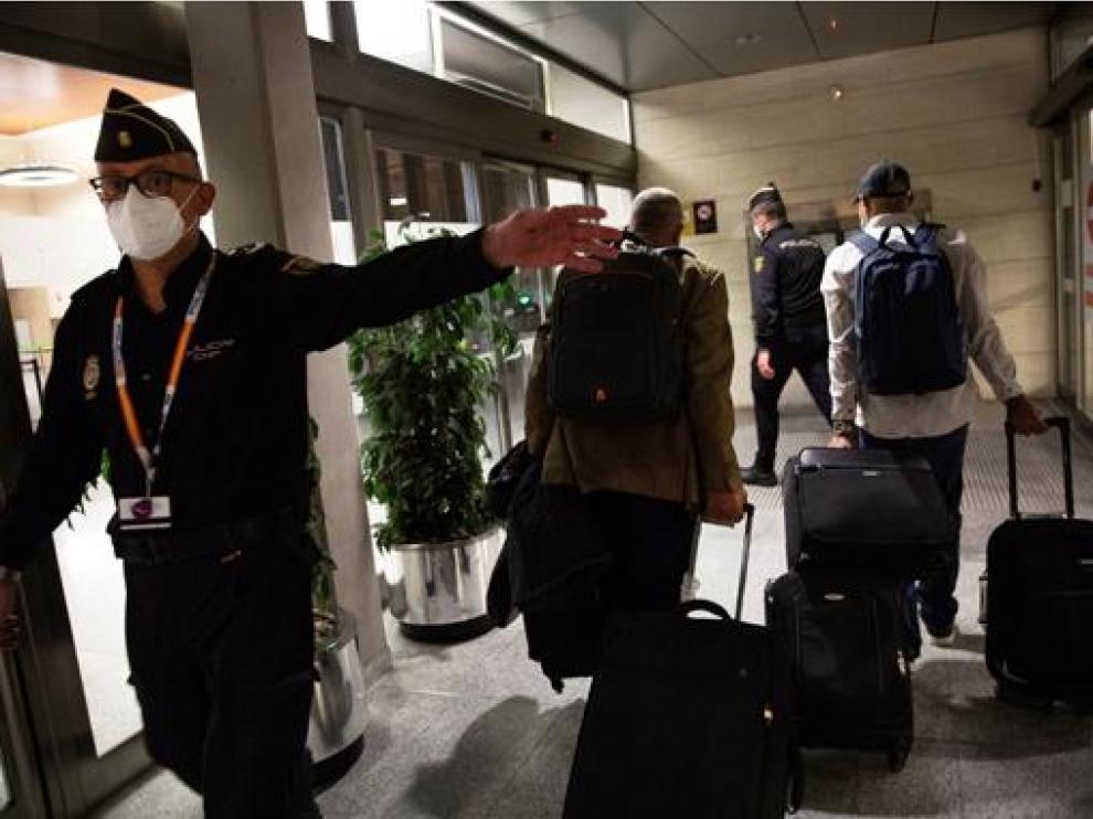 Gali fue escoltado a su salida desde el aeropuerto de Pamplona.