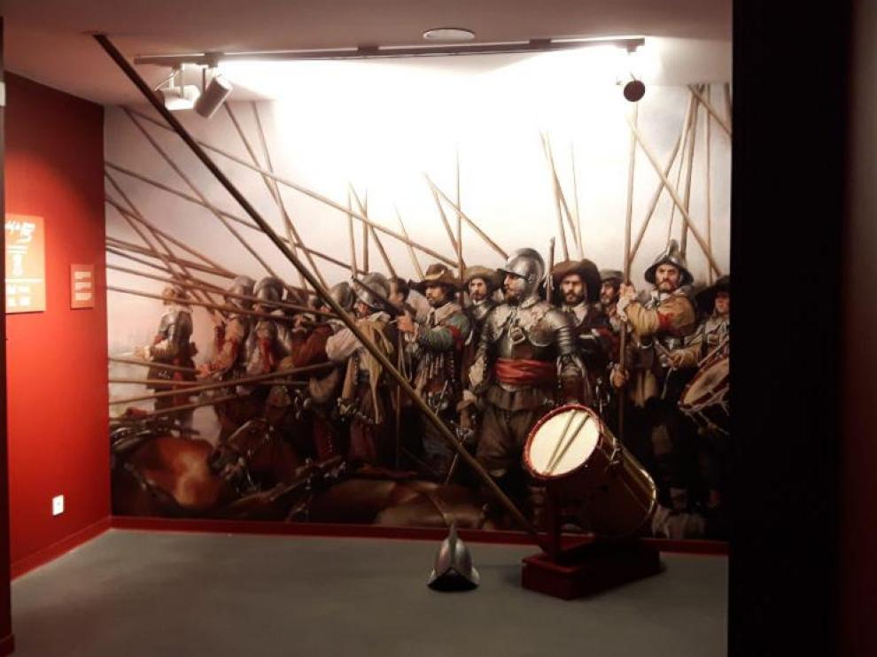 La exposición incluye elementos con pasado histórico.