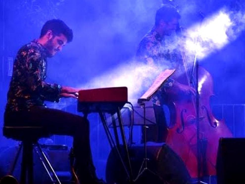 Mikel Legasa sube el telón del festival de jazz en Barbastro