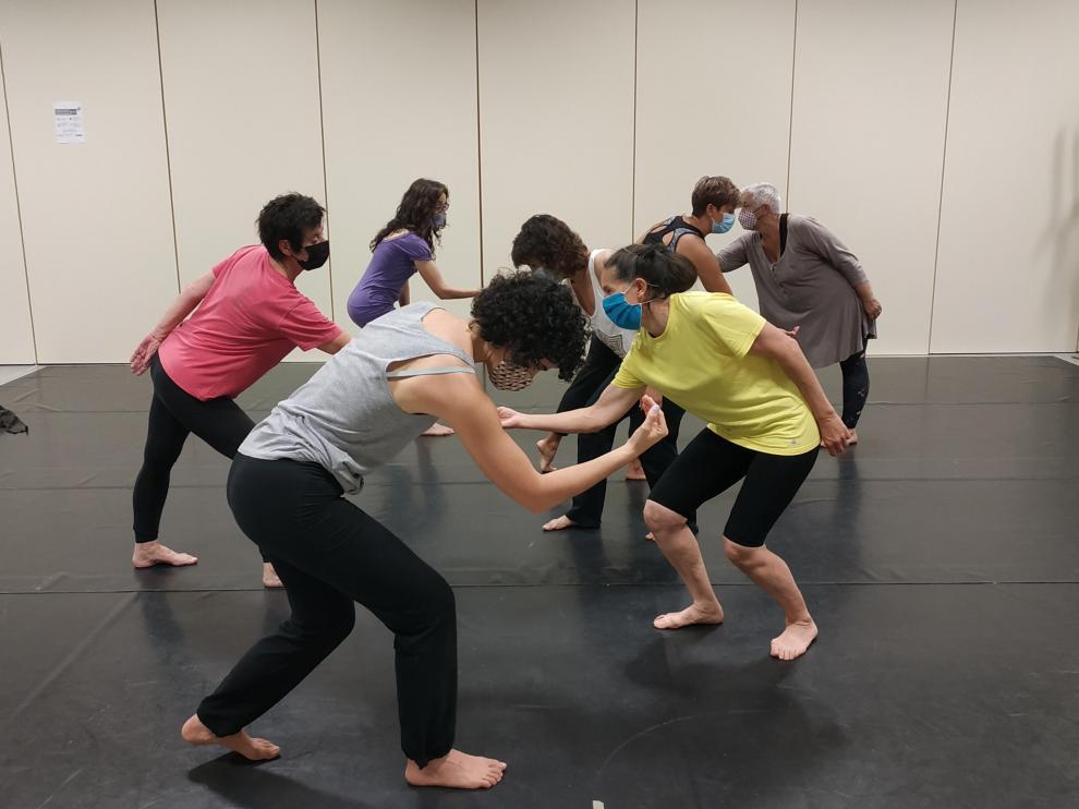 Las bailarinas del Taller de Danza Contemporánea.