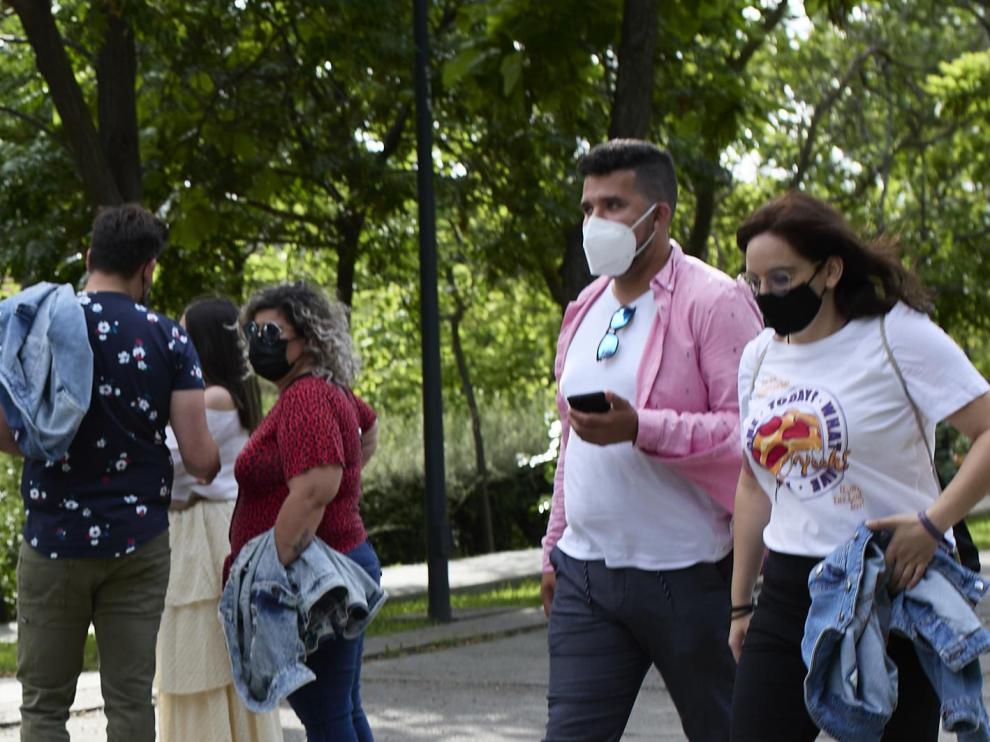 Desde el sábado dejará de ser obligatorio el uso de las mascarillas al aire libre.