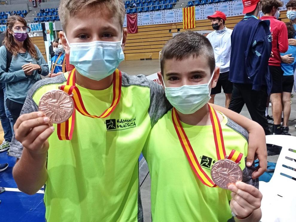 Gállego y Royo, con sus medallas en Santander
