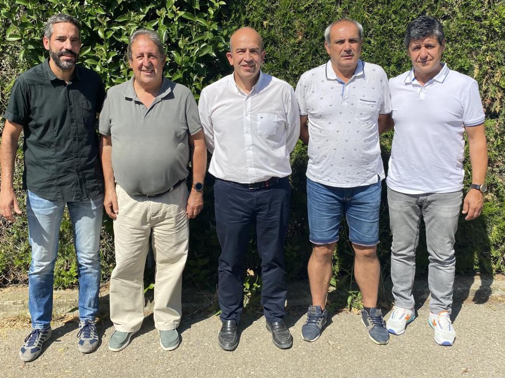 Nuevo equipo técnico de la UD Barbastro.