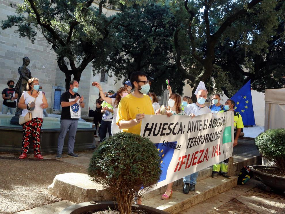 La plaza de la Catedral fue el escenario este viernes de una nueva concentración de los trabajadores públicos.