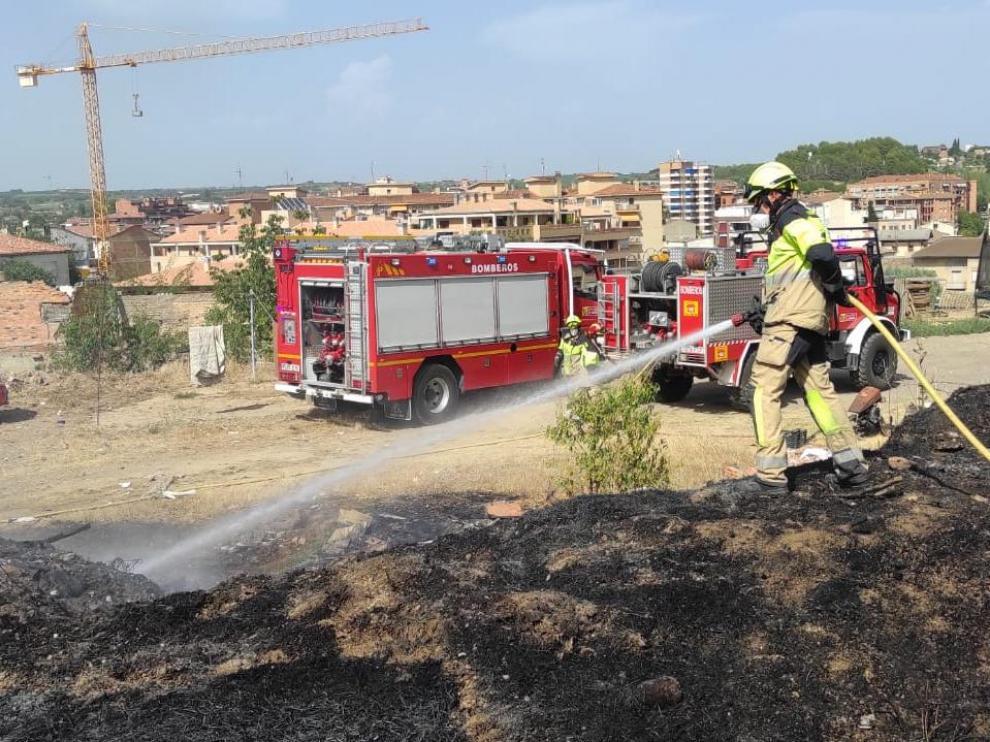Efectivos del Speis, en las labores de extinción del sexto incendio en El Terrero.