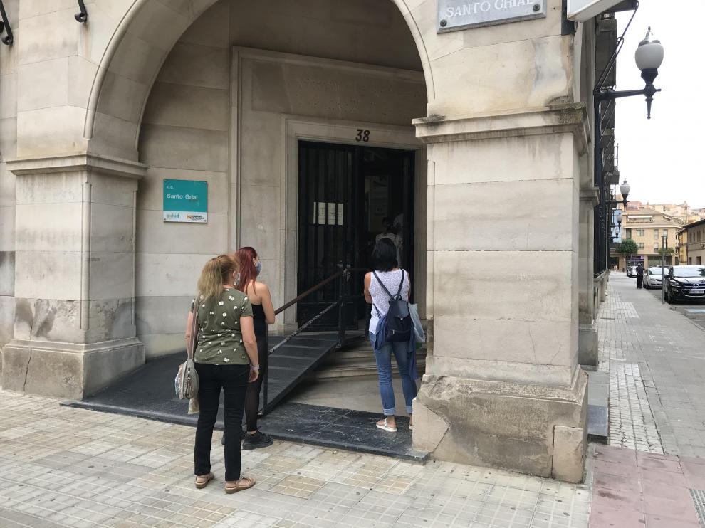 El centro de salud Santo Grial de Huesca ha notificado 35 casos este viernes.