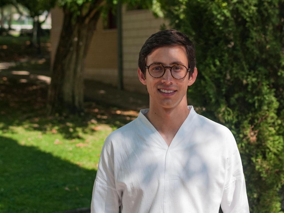 Imagen de José Antonio Ochoa durante su estancia en la localidad de El Grado.