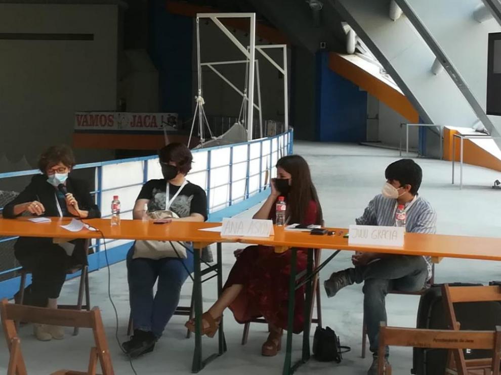 Este domingo se ha llevado a cabo la mesa redonda 'Impulsando la creación y consideración del noveno arte'.