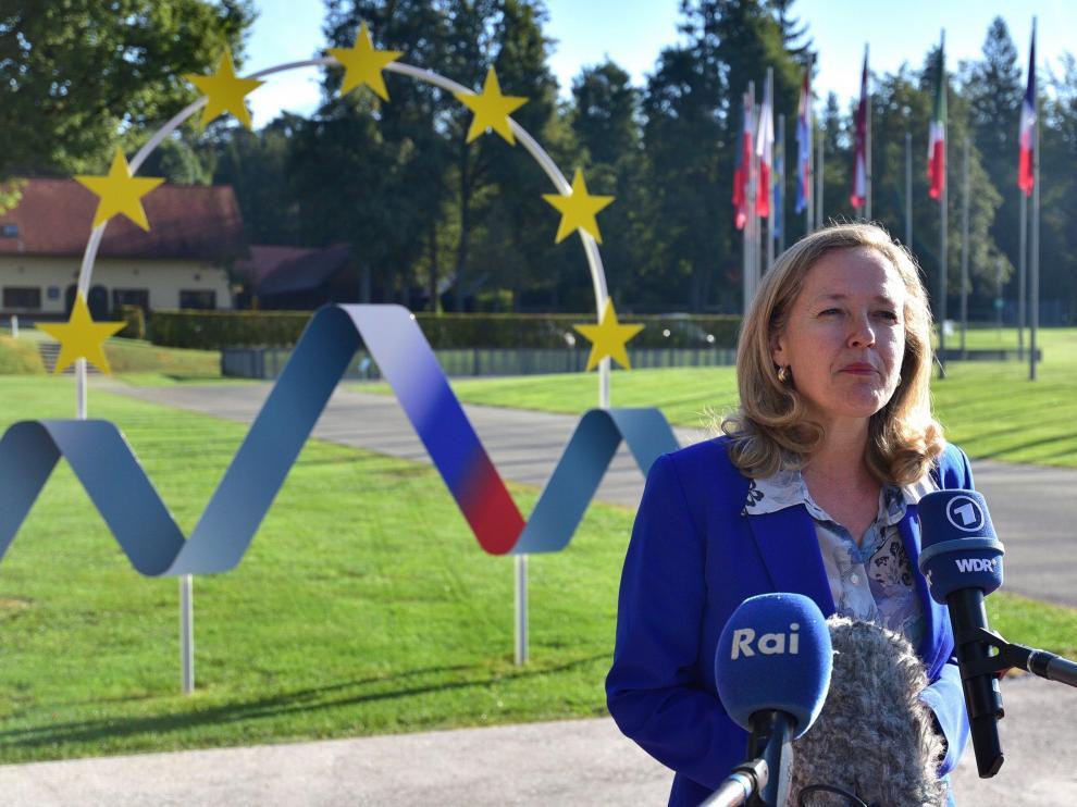 Calviño, durante un comparecencia ante los medios de comunicación desde Eslovenia.