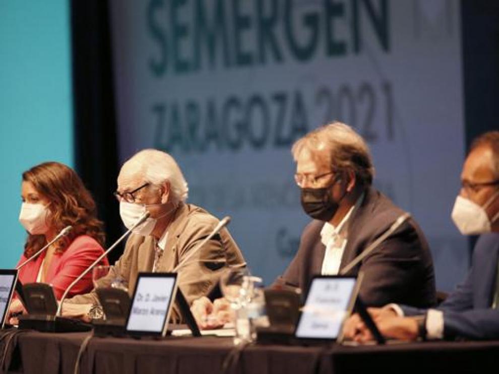 Laia Homedes, Pablo Martínez y Javier Marzo en el Congreso.