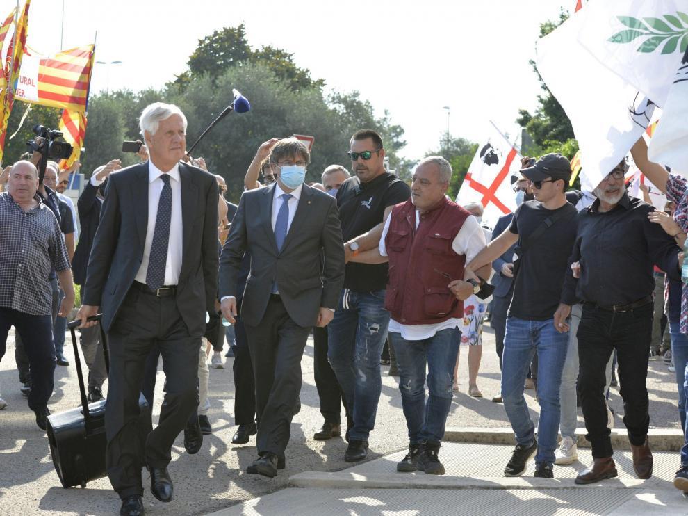 Llegada del expresidente catalán al tribunal que lleva su caso.