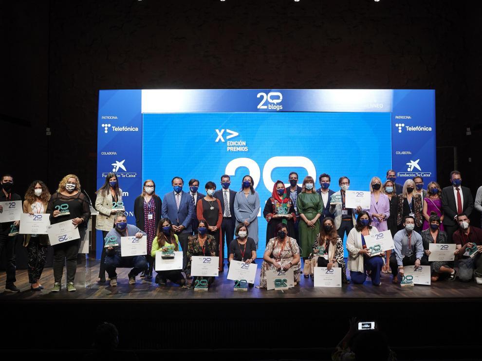 Foto de familia de los Premios 20Blogs.