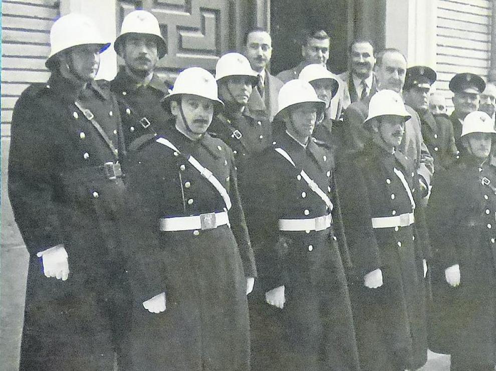 La plantilla de la policía local de Barbastro en 1955