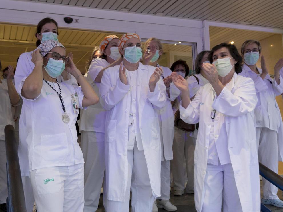 Aplausos en el Hospital San Jorge de Huesca durante los meses de confinamiento.