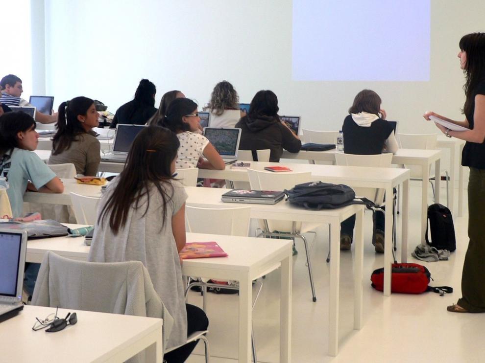 El Gobierno de Aragón no prevé conflictos al aplicar el fallo de la duplicidad de carreras universitarias