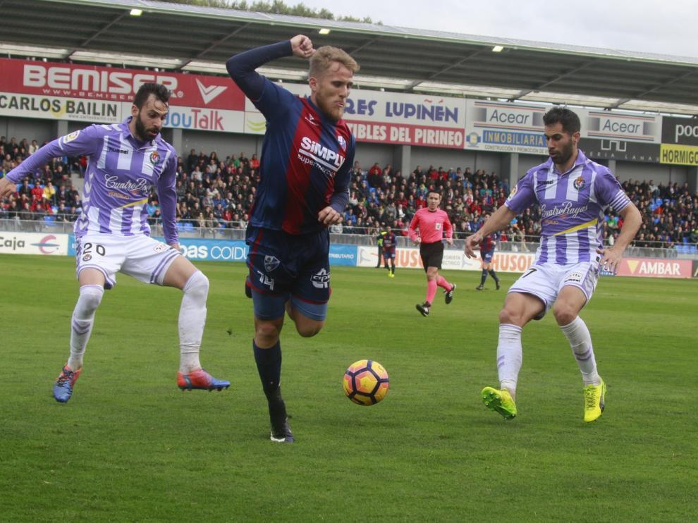 El Valladolid no ha ganado en El Alcoraz en Liga