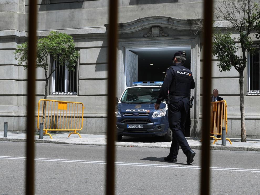 El Supremo acumula una veintena de denuncias contra el Gobierno por su gestión de la pandemia
