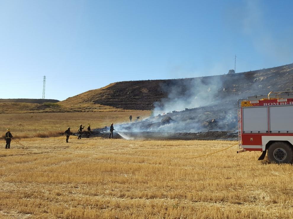 La figura del bombero voluntario en Aragón causa discrepancias en el cuatripartito