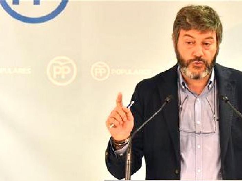"""El PP sugiere iniciativas """"inmediatas"""" para renovar y mejorar el firme de las carreteras de la provincia de Huesca y Aragón"""