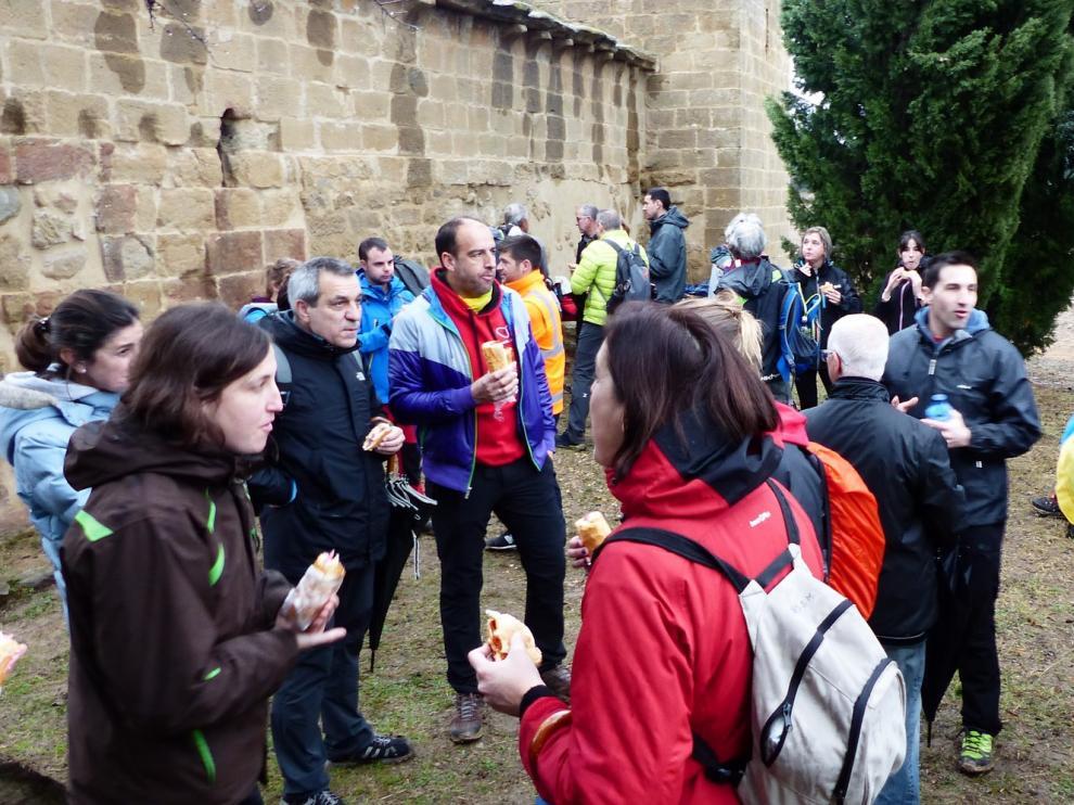 Nueva cita en la ruta de las Ermitas para rehabilitar la ermita de Santa Lucía de Ayerbe