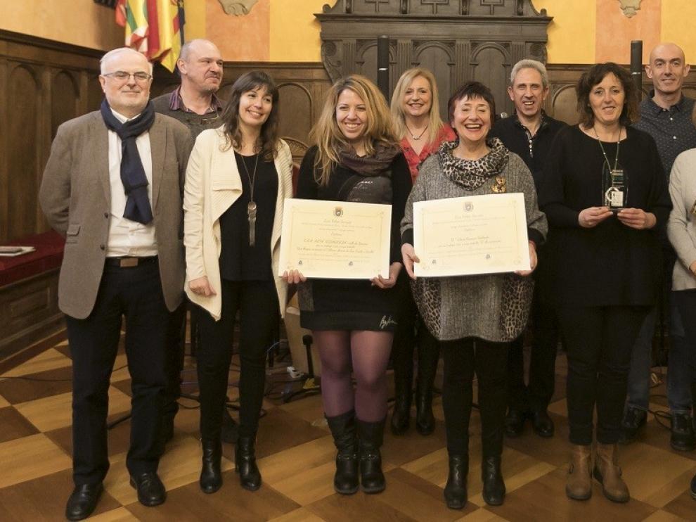Joaquín Villa y el CEIP Virgen de la Soledad de Bolea, ganadores del Premio Pedro Lafuente en aragonés