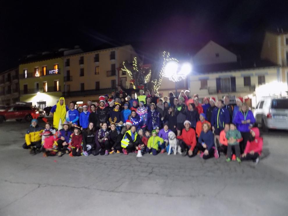 Benasque y Castejón de Sos celebran con mucho ambiente sus carreras de San Silvestre