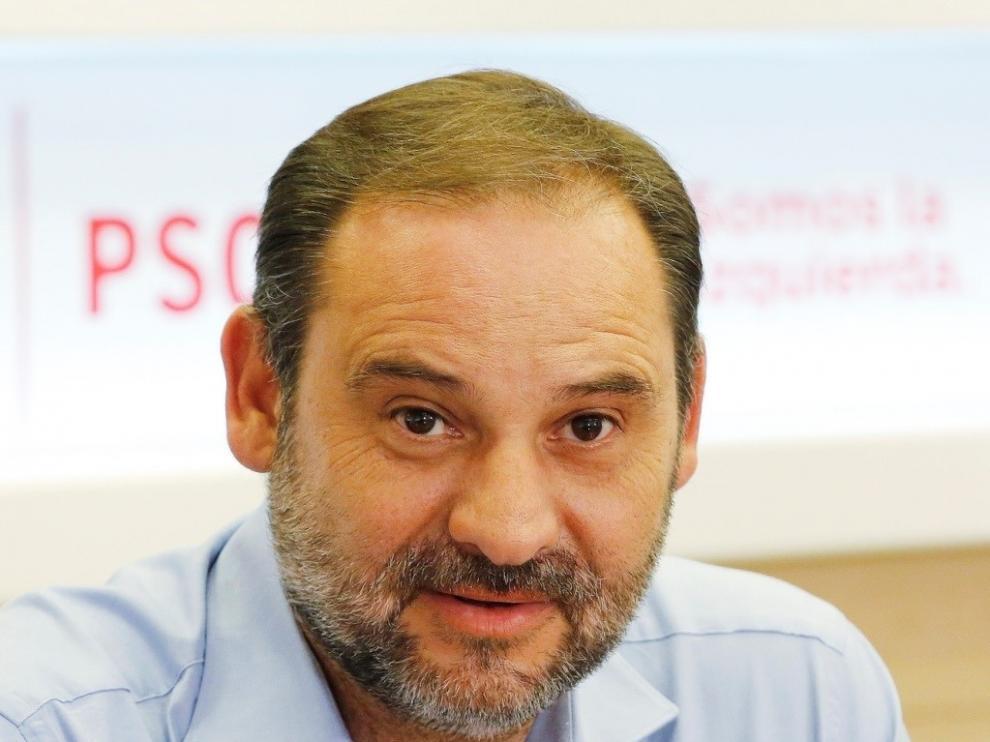 Ábalos resalta el apoyo a la línea Sagunto-Zaragoza de Europa