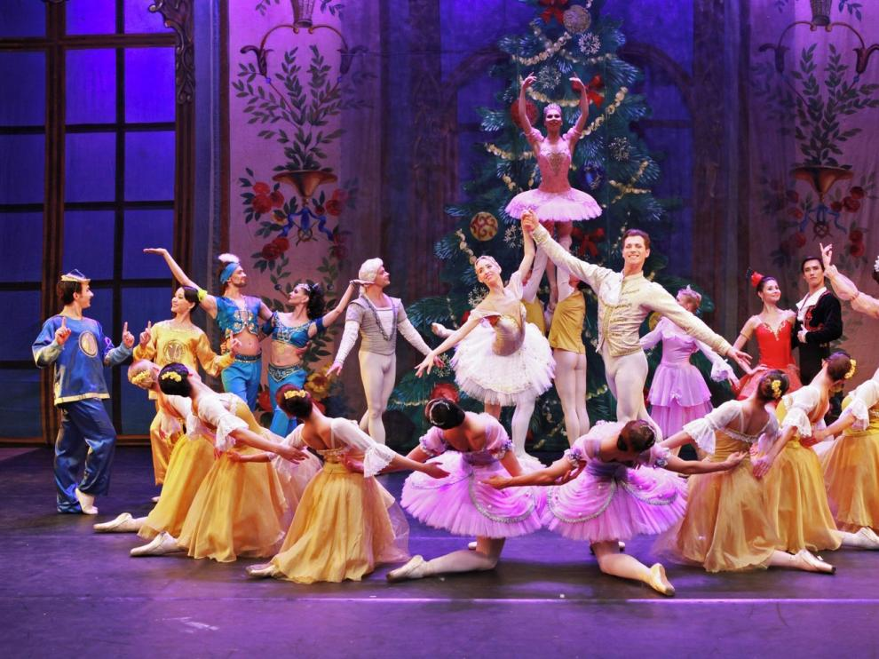 """El Moscow State Ballet recrea este lunes """"El cascanueces"""""""