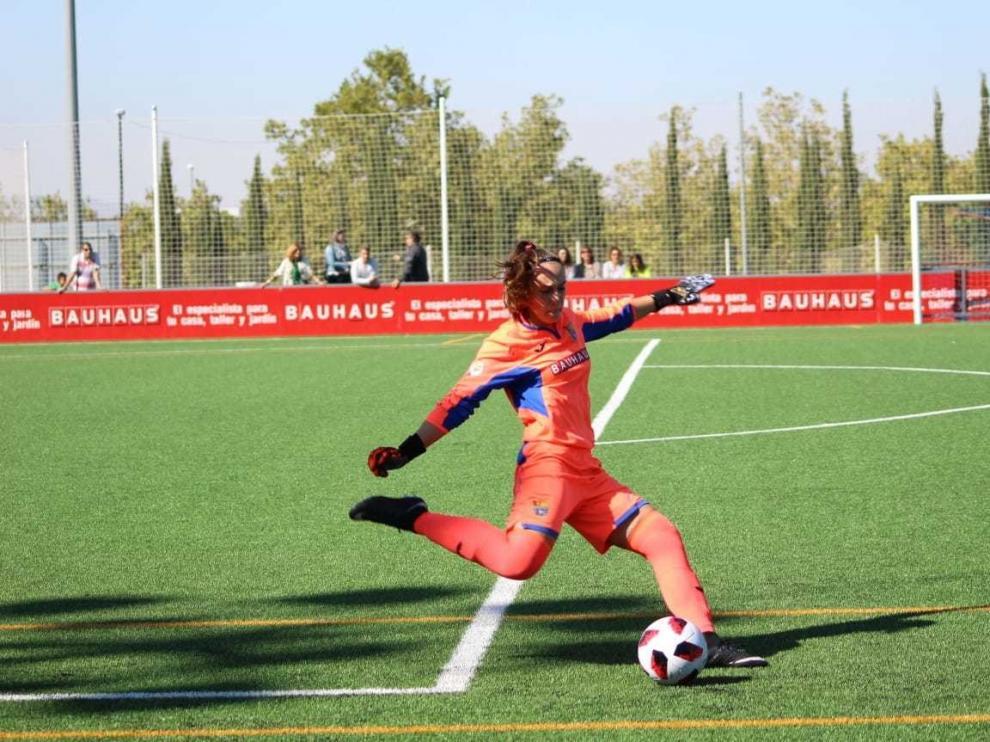 Paula Campos, una oscense que disfruta de la Segunda División
