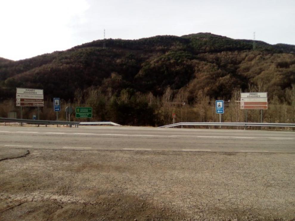 CHA pide la mejora de la seguridad en el cruce carretero de Montanuy