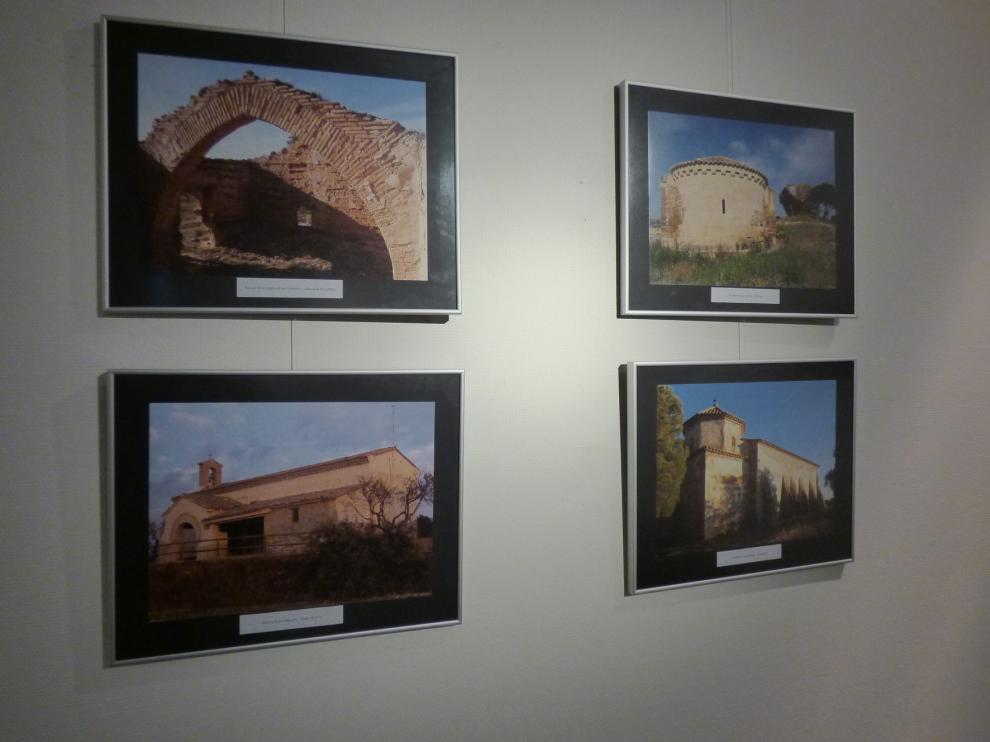 Laglera exhibe en Barbastro 28 ermitas de la comarca en fotografías