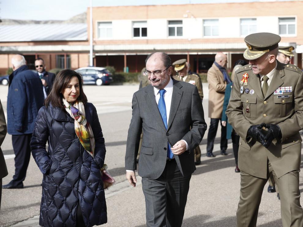 Defensa firma 4 convenios que dejarán 2,3 millones en formación en Aragón