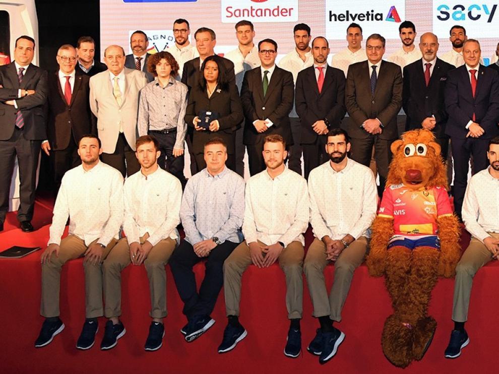 España, candidata a la corona